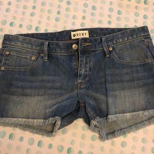 NWT Roxy Jean Shorts Size 29